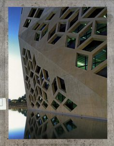 100 Contemporary Concrete Buildings Vol. 2